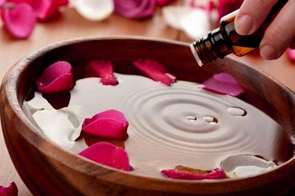 Cách sử dụng tinh dầu hương thảo