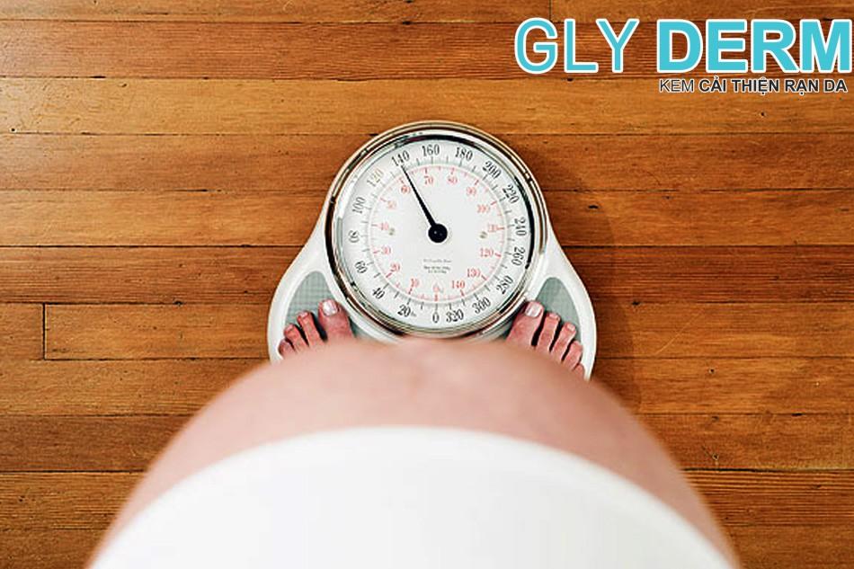 Mẹ bầu có cân nặng ổn định trong thời kì thai sản khi vượt cạn sẽ dễ dàng hơn